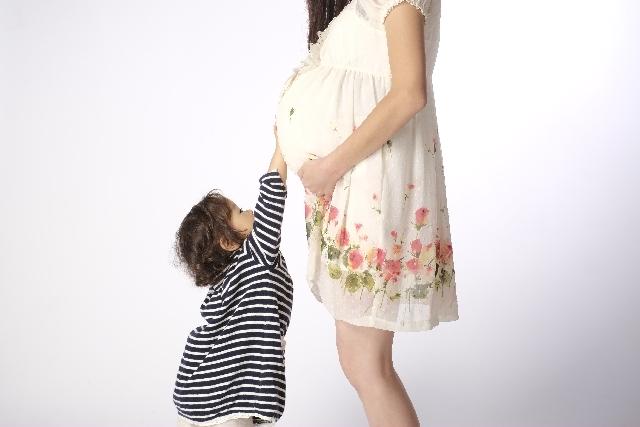 【妊娠線予防】オイルorクリームの塗り方&マッサージのコツ