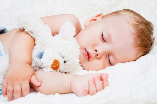 【妊娠中の眠気対策ワザ】夜ぐっすり眠るための7つのポイント
