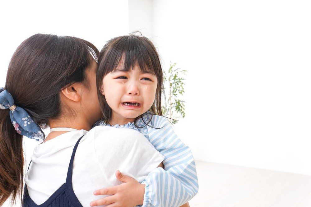 赤ちゃん返りって実は大切?原因や症状、うまく乗り切る7つの対処法