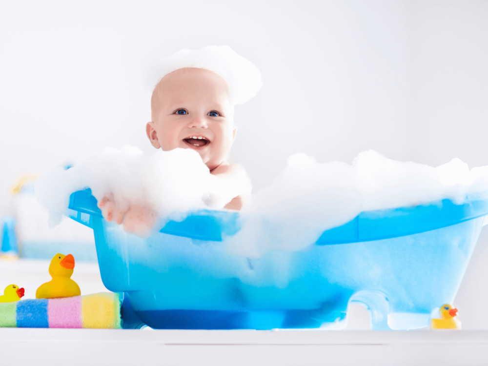 赤ちゃんの温泉はいつから?成分(泉質)は大丈夫?どんな宿がオススメ?
