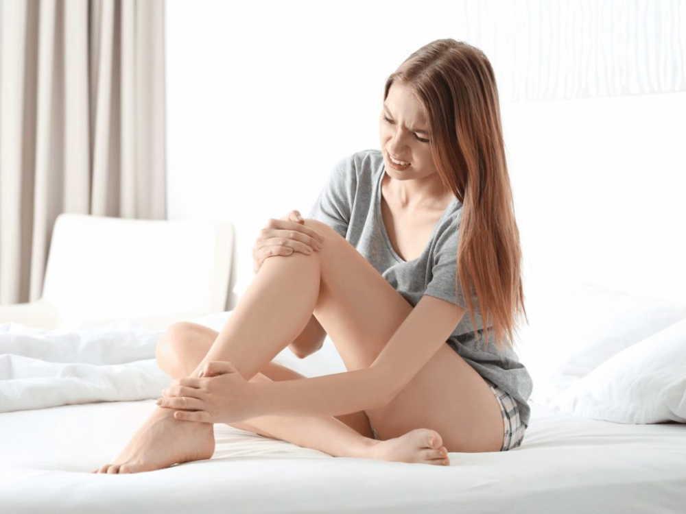 妊婦の足がつるのはなぜ?足がつったときの対応法と予防策