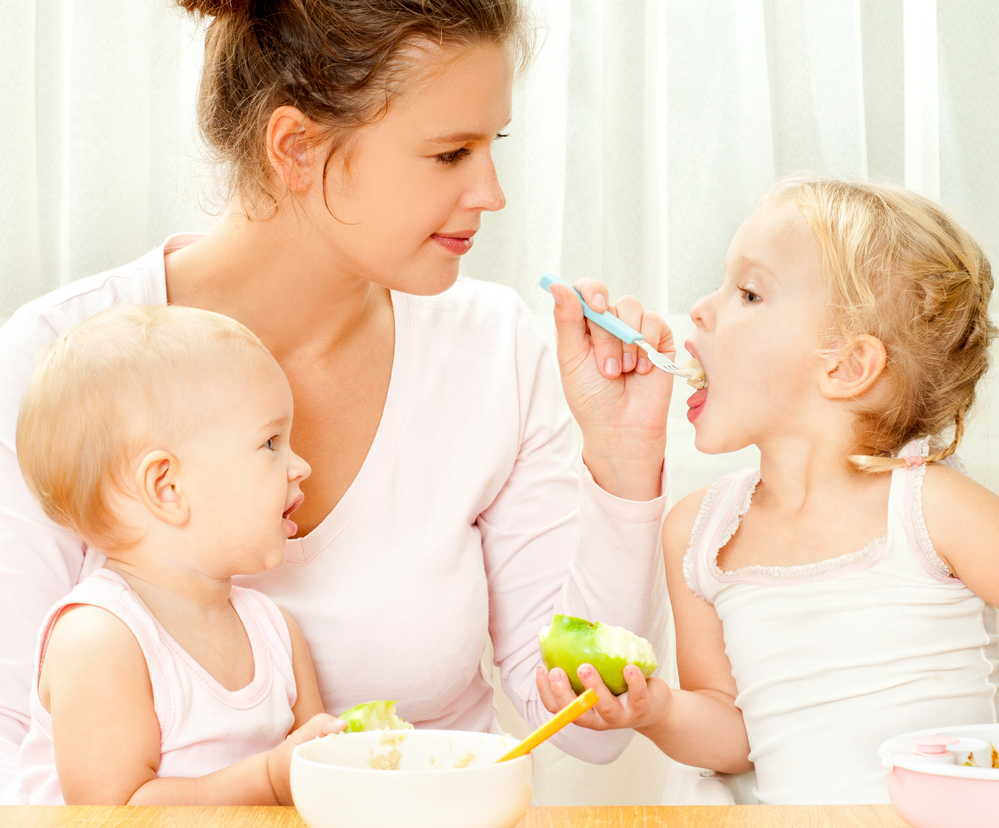 離乳食はいつからどうやって進めたらいい?アレルギーは必ず起こる?