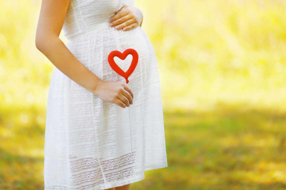 これでもう大丈夫!妊娠線のメカニズム&予防法8原則